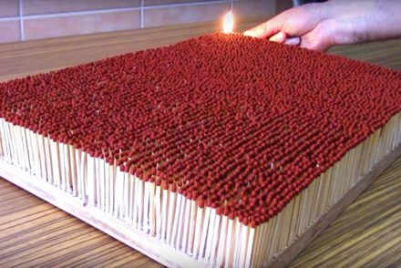 6000-matches-piled-to-create-a-pyro-domino