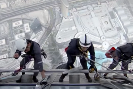 cleaning-burj-khalifa-windows